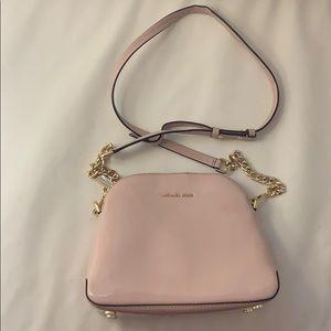 •MAKE OFFER Michael kors crossbody bag